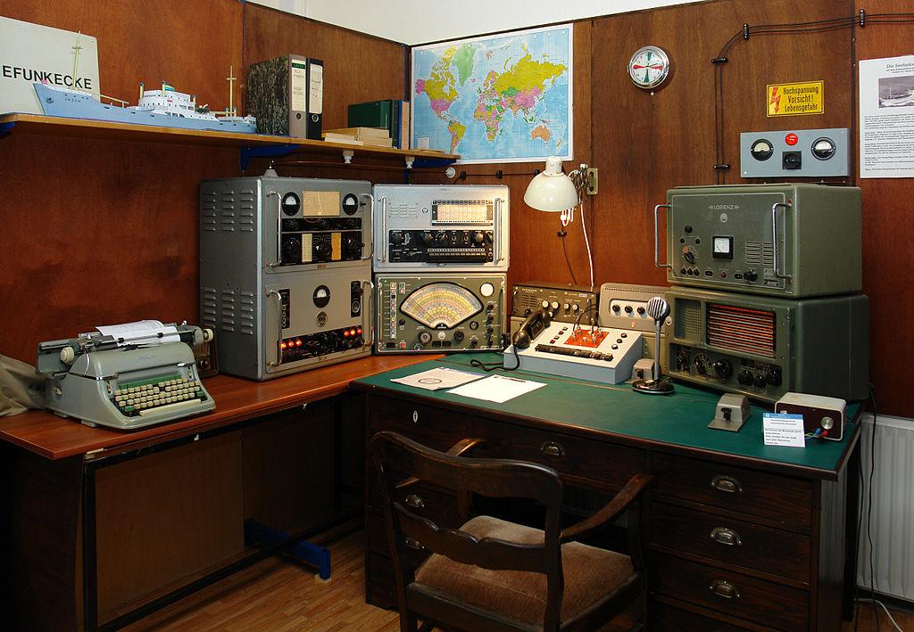 Bremer Rundfunkmuseum: Seefunkstation mit Originalgeräten vom Küstenmotorschiff | ©Jürgen Howaldt