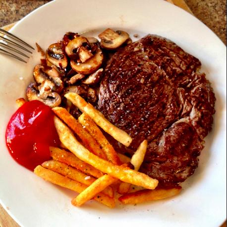Steak & Chips|©Mark Walker