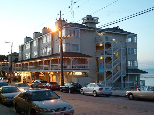 Spindrift Inn   © Jill Clardy/Flickr