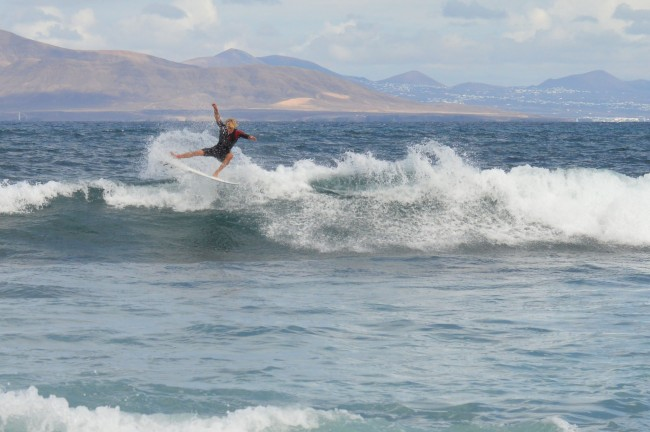 Surfer in Fuerteventura | © Dave Warley/Flickr