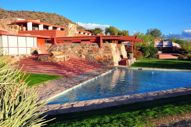 Frank Lloyd Wright's Taliesin West © AndrewHorne/WikiCommons