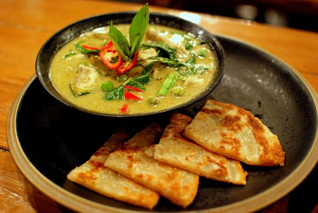 Thai green curry | Ⓒ Takeaway/WikiCommons