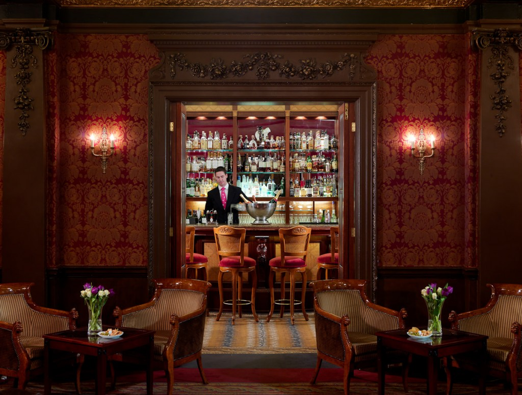 Through to the bar | Courtesy of The Goring Hotel