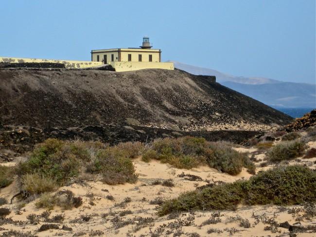 The lighthouse of Isla de Lobos   © Ina Widegren/Flickr