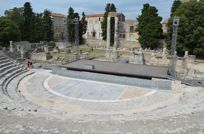 Théâtre Antique d'Arles © Carole Raddato/WikiCommons