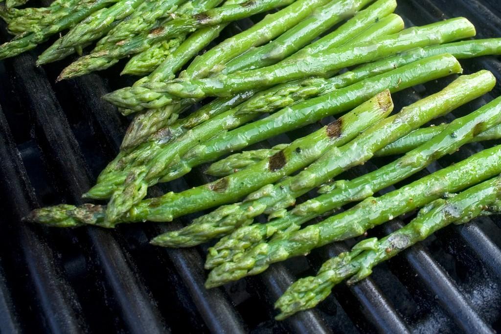 Lightly grilled asparagus   © woodleywonderworks/Flickr
