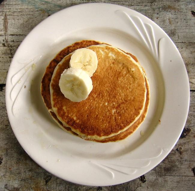 Banana Pancakes Feature on the Menu | © Brandon Martin-Anderson/WikiCommons