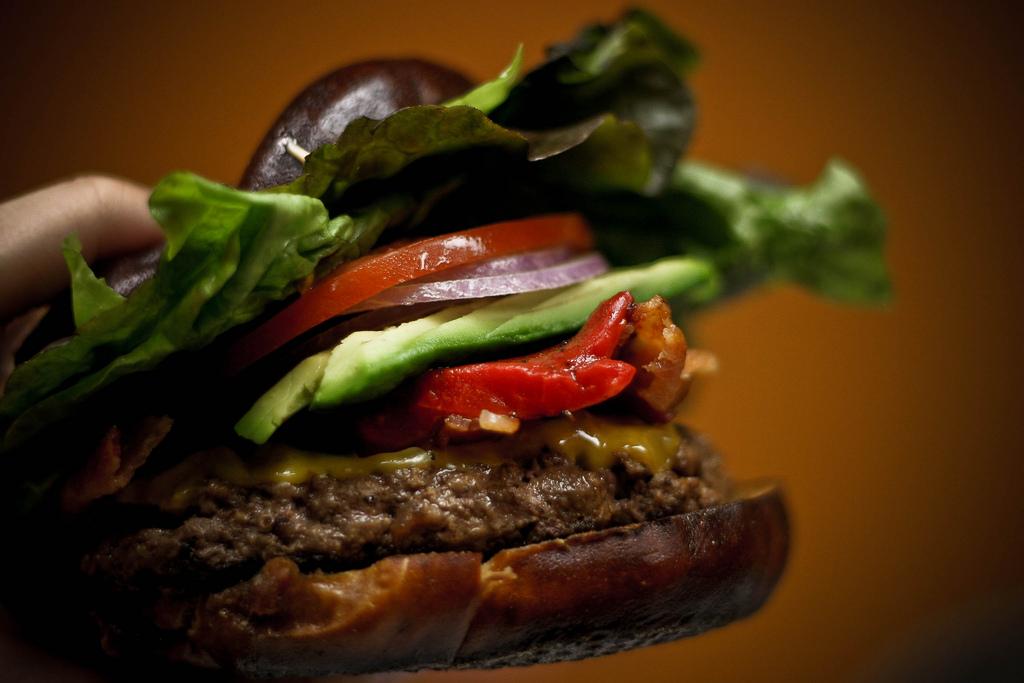 Asian Burger  © Varin/Flickr