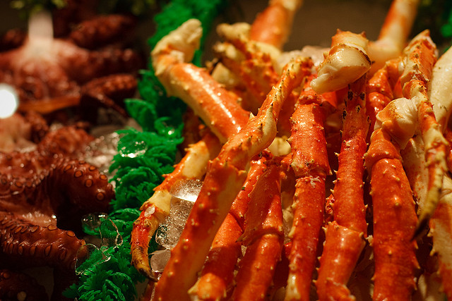 Crab legs | © sean hobson/Flickr