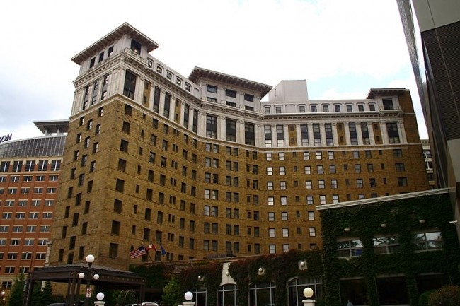 St. Paul Hotel | © xnatedawgx/Wikicommons
