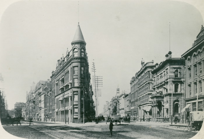 10 Stunning Photographs Of The Gooderham Building