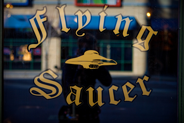 Flying Saucer Window | © Sean Davis/Flickr
