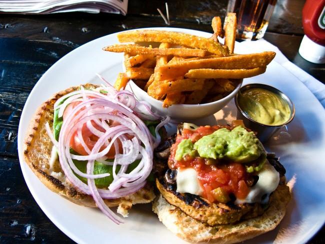Vegetarian Burger | Bradleyj @ Flickr.com