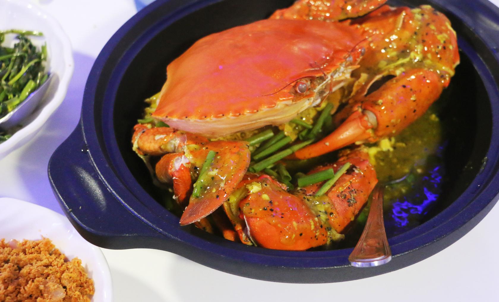 The best restaurants in pettah colombo for Sea salt fish grill