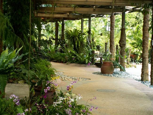 Orchid garden at Lake Gardens, Kuala Lumpur | © Conny Sandland/Flickr