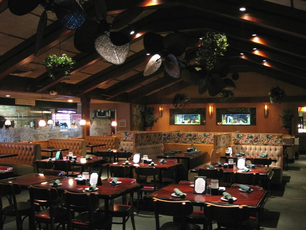 Tropical Acres Steakhouse ©FLORIDA BY DESIGN
