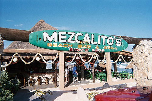 Mezcalitos Beach Bar & Grill|©BluEyedA73/Flickr