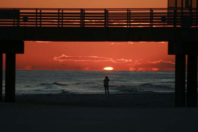 Orange Beach sunset | © gtokgoz/Flickr