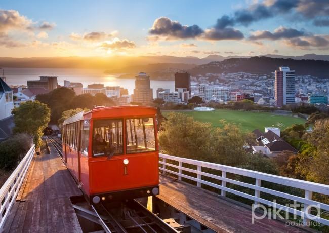 Wellington Cable Car At Sunrise | © Pikitia/pik.nz