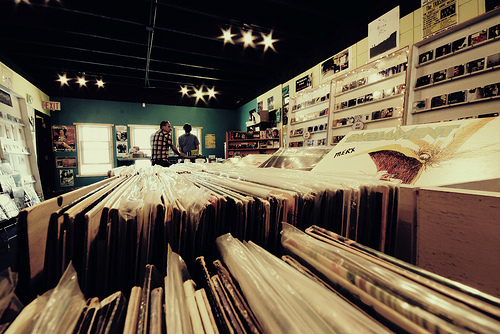 Vinyl Diner | ©Krystian Olszanski/Flickr