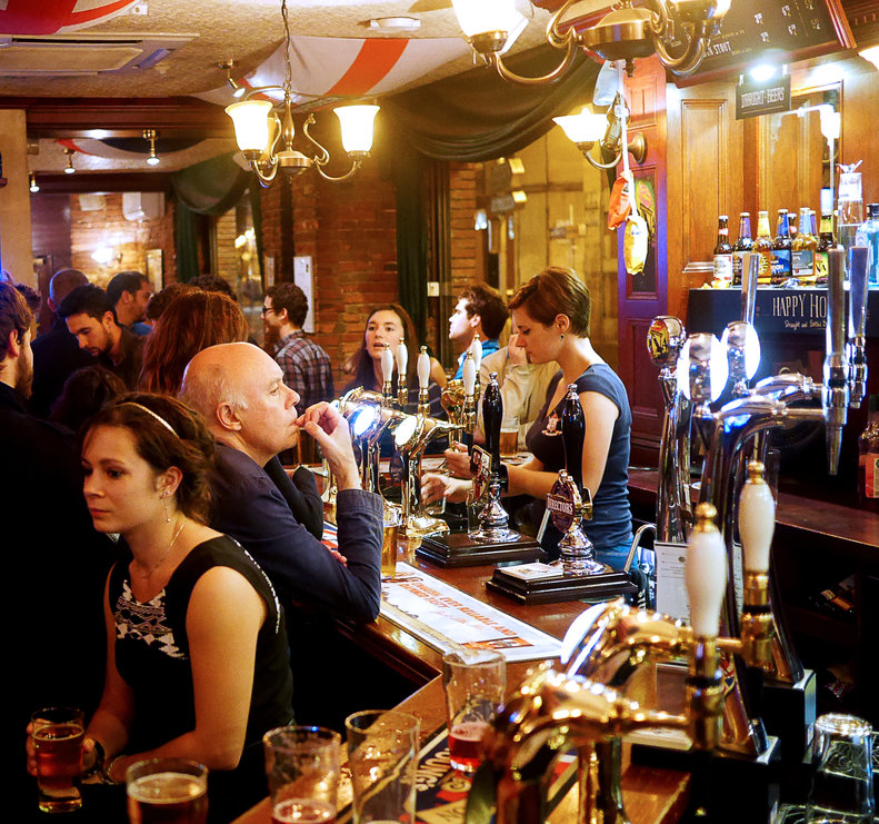 the 10 best bars in centre ville toulouse. Black Bedroom Furniture Sets. Home Design Ideas