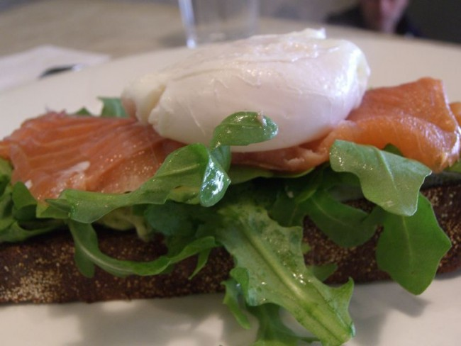 Eggs and Salmon on Rye | © Alpha/Flickr