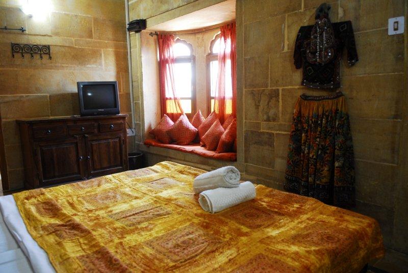 Suite Room| Courtesy of Hotel Shahi Palace