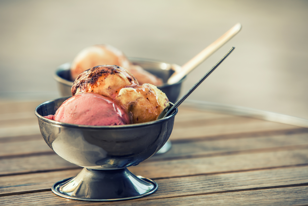 Ice cream sundaes that make up most of their business © Marian Weyo / Shutterstock