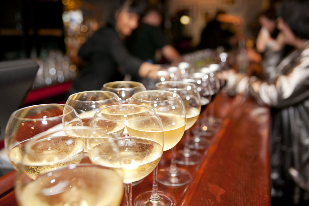 Wine & Cocktails galore © Kondor83 / Shutterstock