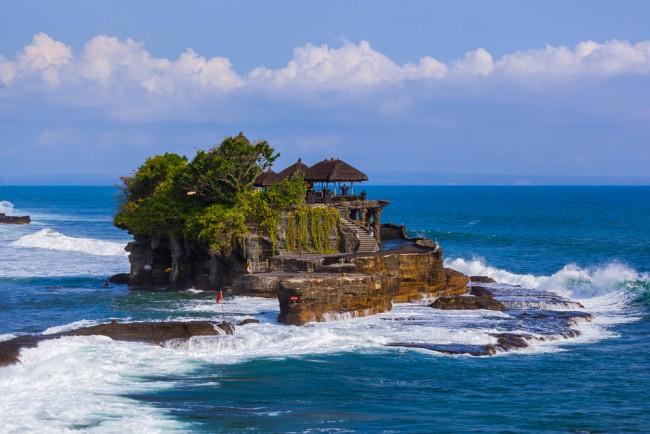 Tanah Lot Temple in Bali Indonesia | © Tatiana Popova/Shutterstock