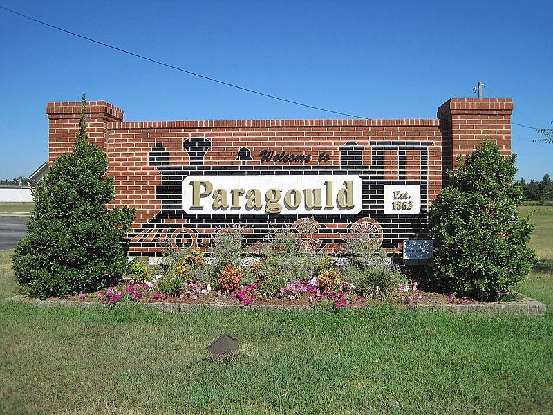 Paragould   Ⓒ Thomas R Machnitzki/WikiCommons