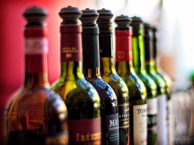 Bar Wines | © Alex Brown / Flickr