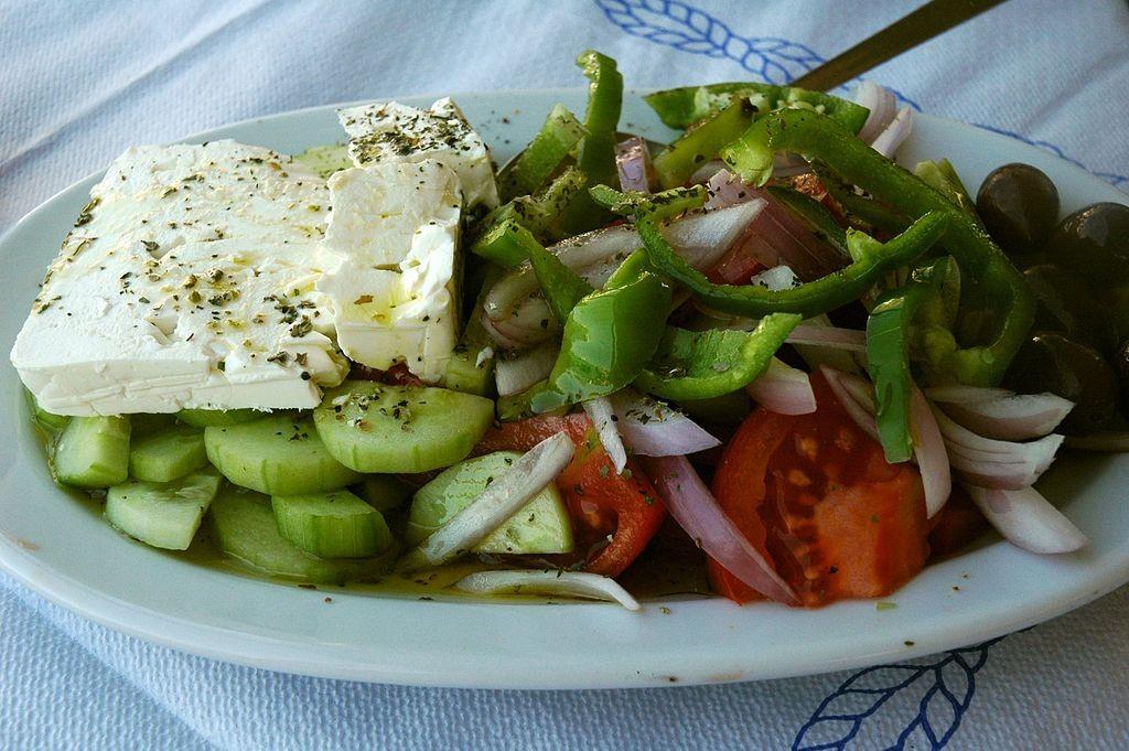 Horiatiki Salata | © Jpatokal / Wikimedia Commons