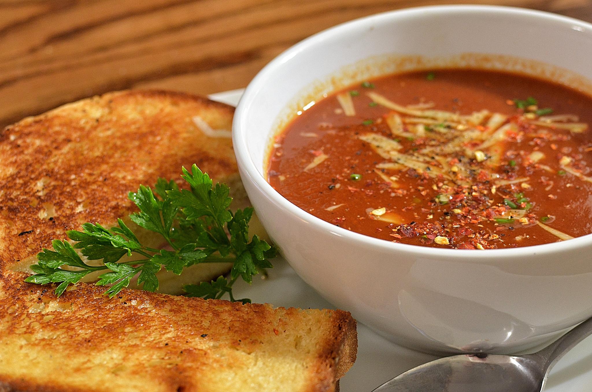 Soup and Sandwich   © jeffreyw/Flickr