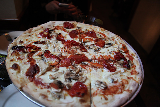 Pizza | © Aaron Goodman/Flickr