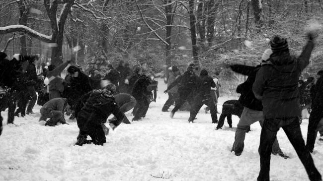 Kessel. Schneeballschlacht im Bürgerpark | © fihu/Flickr