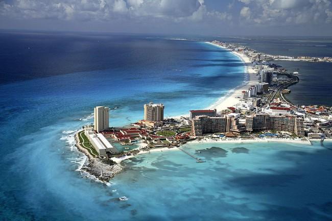 Beach of Cancún | © Mardetanha/WikiCommons