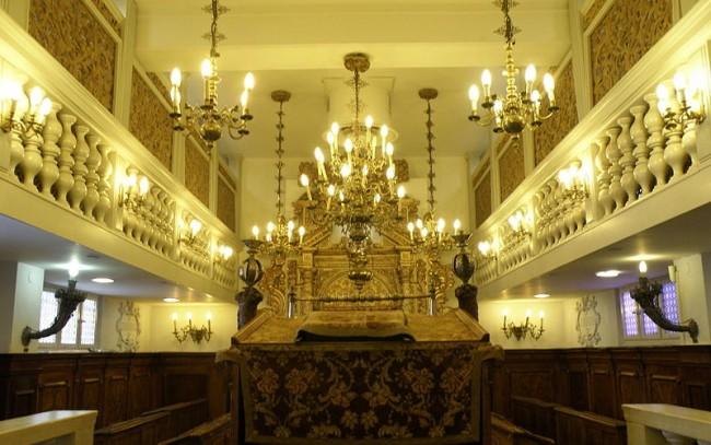 800px-Museum_of_Italian_Jewish_Art_מוזיאון_יהדות_איטליה_-_5068889930