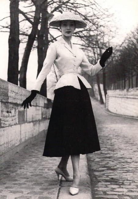 "Dior's ""New Look,"" 1947   © Ŧhe ₵oincidental Ðandy/Flickr"