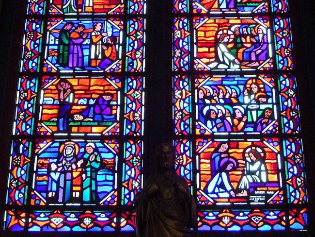 Detail on Vitrail at Amiens Cathedral | ©Cavorite/WikiCommons