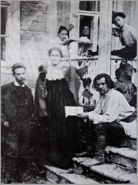 Lou Andreas-Salomé und Rainer Maria Rilke mit dem Dichter Spiridon Drozin in Russland. / © wikicommons