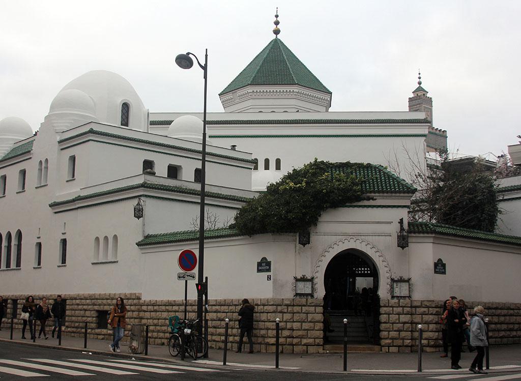 12 remarkably offbeat cultural spots in paris - Mosquee de paris salon de the horaires ...