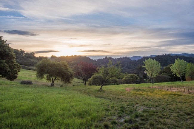 Mayacamas Ranch sunrise © Eugene Kim/Flickr
