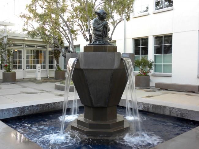 Yoda Fountain © Jennifer Morrow/Flickr