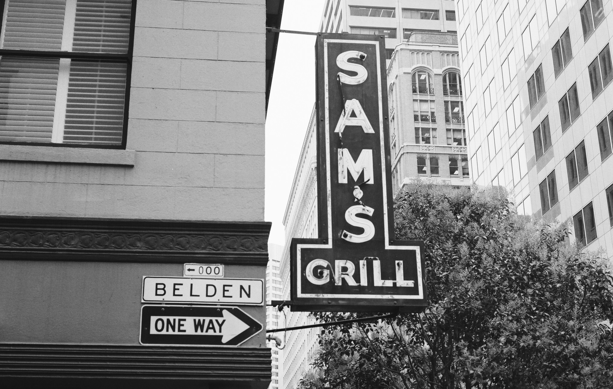 The oldest restaurants in san francisco for Phil s fish grill