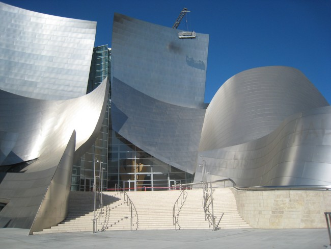 Walt Disney Concert Hall © Melanie Lazarow/Flickr