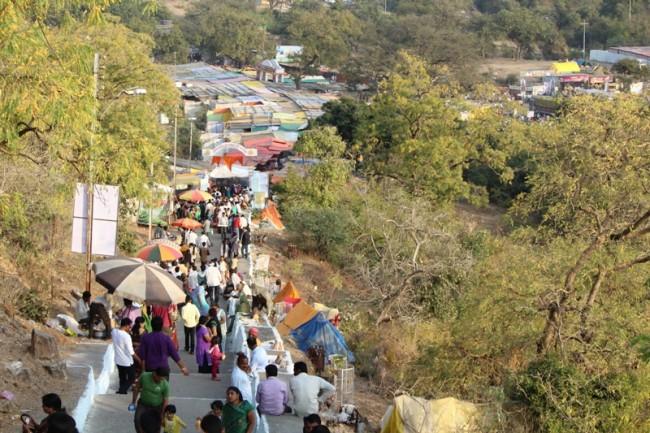 People gather at the yatra| © Bhushan Bawankule