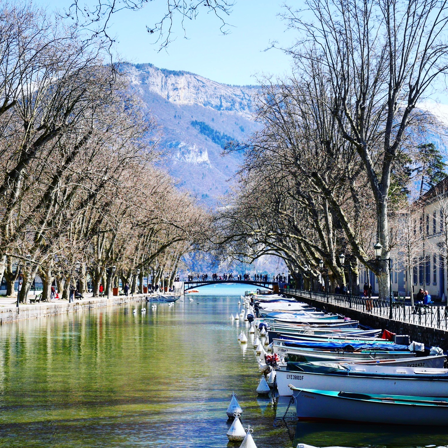 10 reasons you must visit annecy france - Pont des amours ...