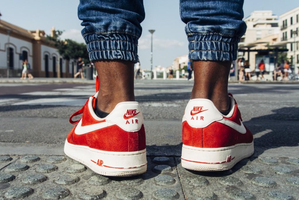 Street Feet | © Raúl González/Flickr