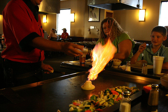 Japanese hibachi grill | © Nathan/Flickr